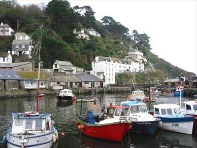 Hotels, Guest Houses and B&Bs near Polperro Harbour