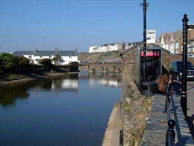 Hotels, Guest Houses and B&Bs near the River Bude