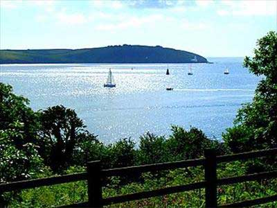 Hotels, Guest Houses and B&Bs near the River Fal